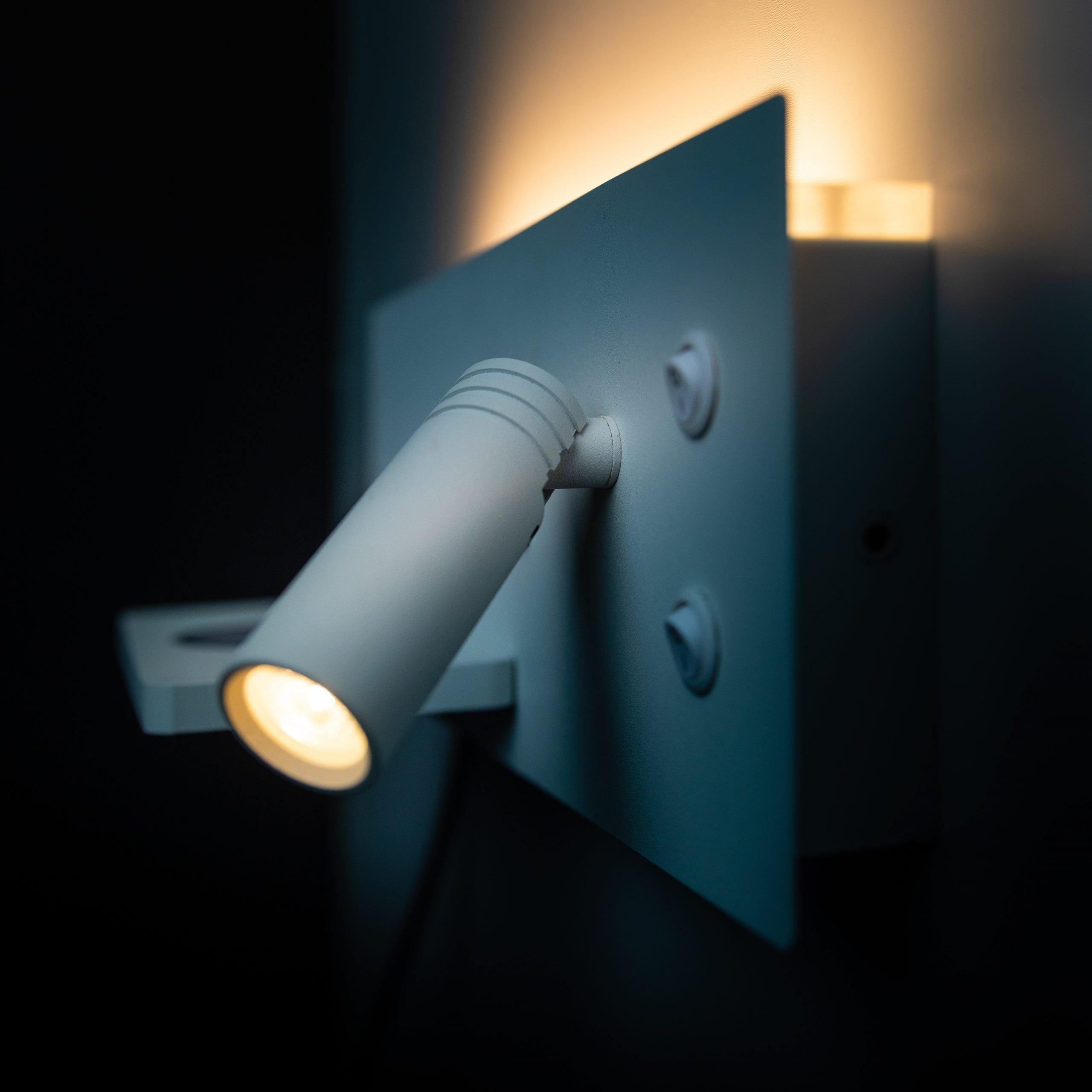 Nighty Right lamp
