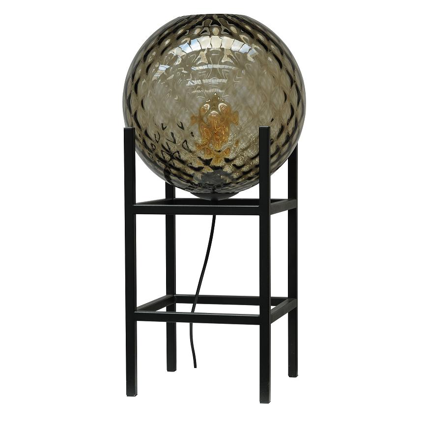 mooie lamp voor op een kast