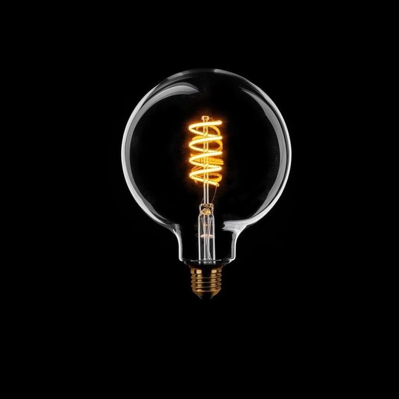 Dimbare Led Lamp Globe 95 Filament Helder